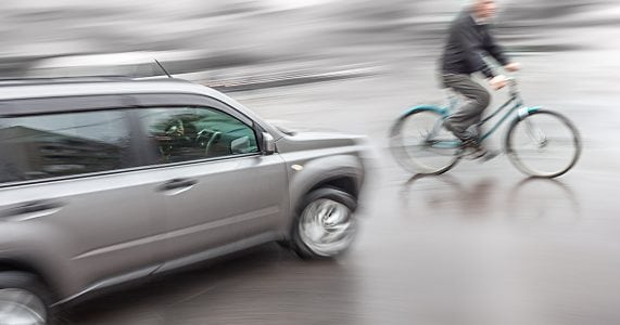 Accidents Show Smart Cars Need Wide Vision to Spot Cyclists