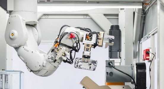 Apple Debuts New iPhone Recycling Robot Daisy and GiveBack Trade-In Program