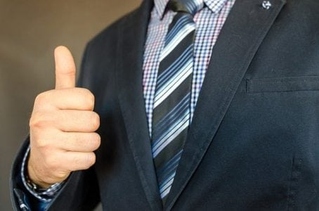 Creating Strong First Impressions As a Leader