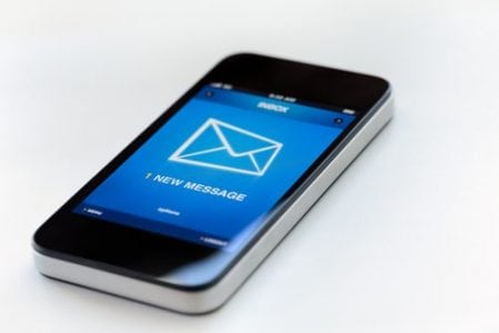 Leverage Text Messaging to Screen More Job Candidates, Market Your Brand