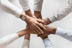 Benefits And Challenges Of Friendship In The Workplace