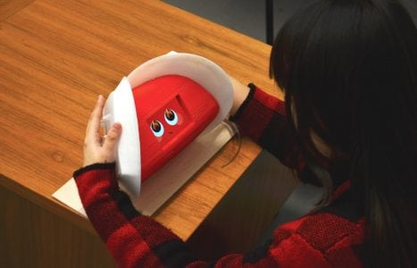 Feel What This Robot Feels Through Tactile Expressions