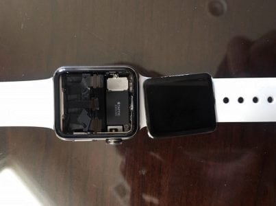 Class Action Lawsuit: Apple Watches Have Defective Displays That Can Spontaneously Detach