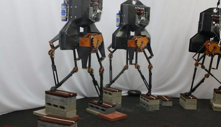 Teaching Bipedal Robots to Step Across Discrete Terrain