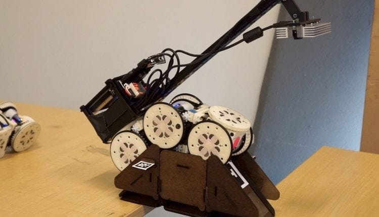 Simple Robots Perform Complex Tasks With Environmental Modifications – Info Robotic