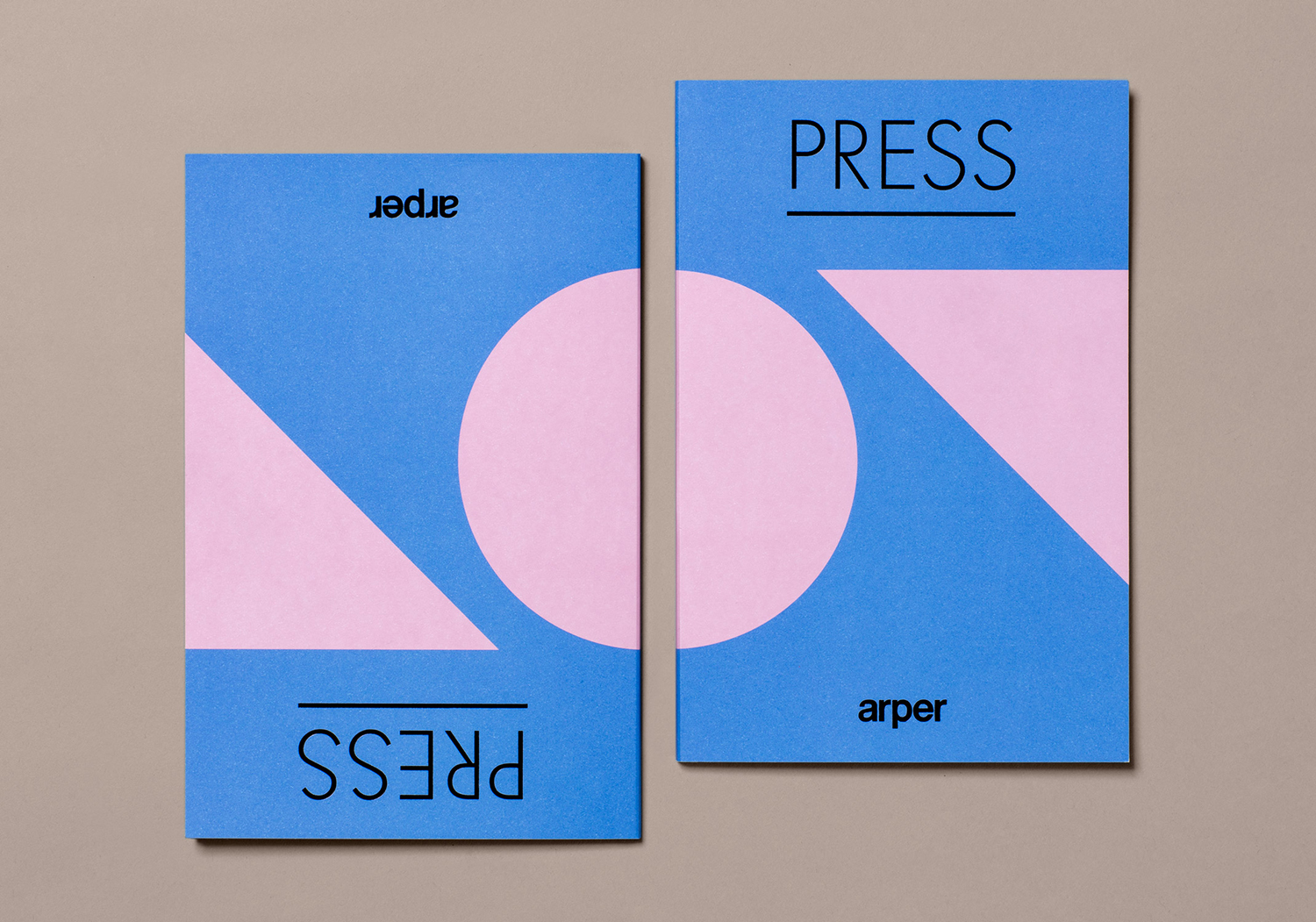 Graphic identity, catalogues, notebooks, press packs, tote bags and newsprint by Clase bcn for Italian furniture company Arper
