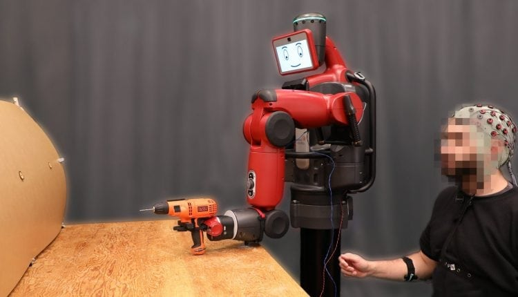 Controlling robots with brainwaves and hand gestures – Info Robotic