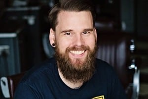 The Secret to Hosting Unforgettable Live Events: CMA's Chris Marr on Marketing Smarts [Podcast] – Info Marketing