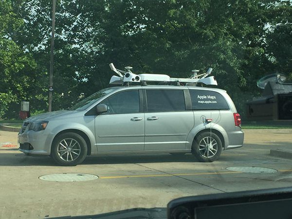 apple-maps-van