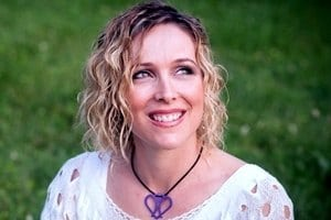 Doing Well, Doing Good, and Doing Right: Nichole Kelly Explains 'Conscious Marketing' on Marketing Smarts [Podcast] – Info Marketing