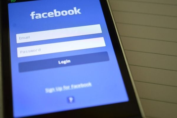Facebook has historic stock drop in wake of scandal – Info PR
