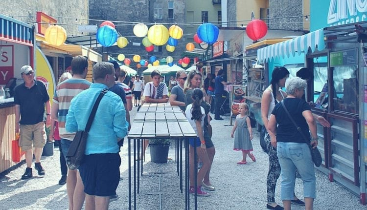 Retail booth design tips for markets or festivals