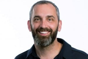 Why ABM and Inbound Don't Play Nice: Joe Chernov, InsightSquared CMO, on Marketing Smarts [Podcast] – Info Marketing