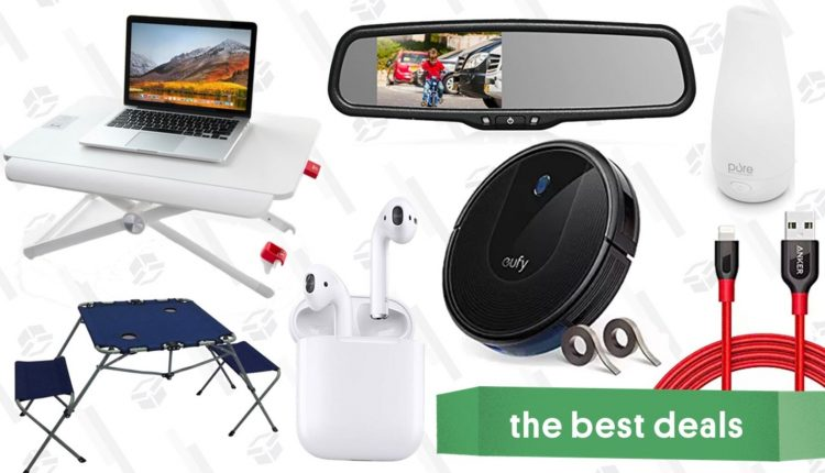 Thursday's Best Deals: Standing Desk, Robotic Vacuum, Lightning Cables, and More – Info Tips and Tricks