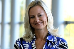 How to Pull Off a B2B Rebrand While Growing Sales and Fighting Slavery: CMO Alicia Tillman on Marketing Smarts [Podcast] – Info Marketing