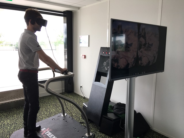 stand-vr-shipitday