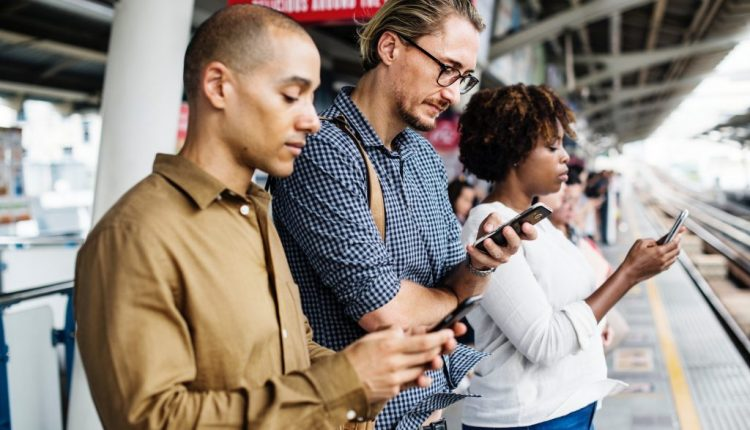 Your smartphone is chopping your life into tiny, less meaningful pieces | Productivity