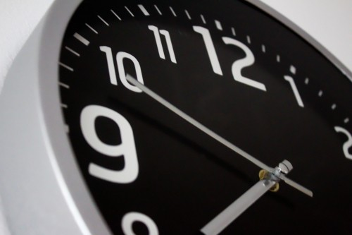Finding the Right Time to Send a Pitch | Public Relation