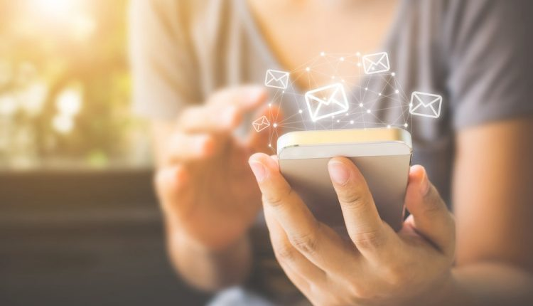 One Change That Will Help You Rock Customer Email | Customer Service