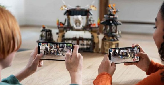 iOS 12 and New iPhone Hardware Bring a Boost to Mobile AR | Virtual Reality