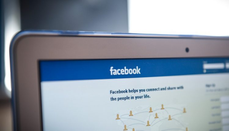 Apple moves to thwart Facebook tracking Tech| Social
