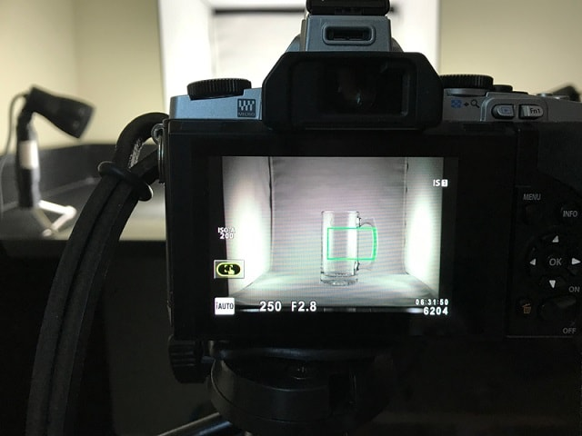 How To Use A Lightbox Camera