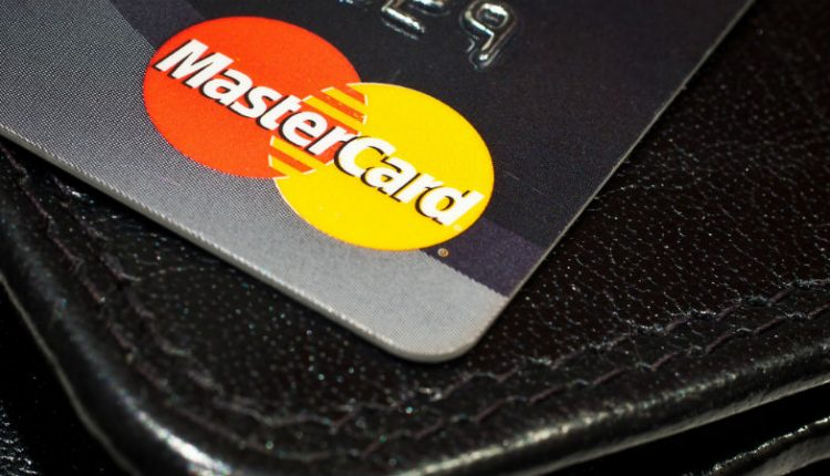Nearly half of all UK payments are contactless | Innovation