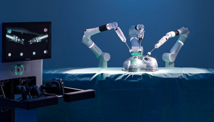 New robotic surgical system hopes to rival da Vinci in the UK   Innovation