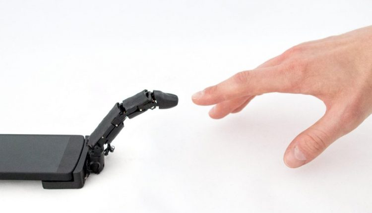 Smartphone robot finger lets devices crawl and touch users | Robotics