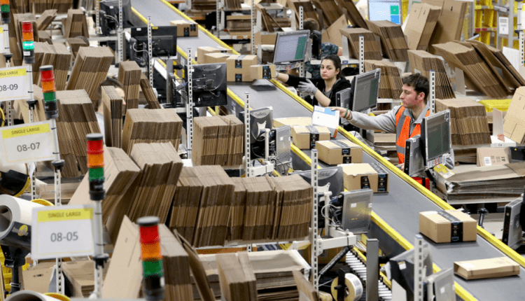 4 Reasons Why Amazon Workers Might Have Gotten a Raise | Tech Top