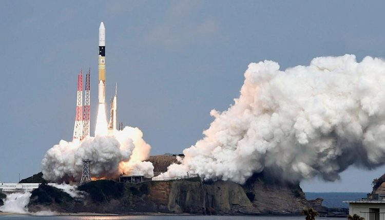 This Japanese probe just took an epic hop on a strange little asteroid | Innovation