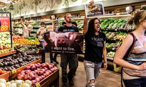 A protest in Ralphs Supermarket, in Los Angeles, staged by Direct Action Everywhere in 2017.