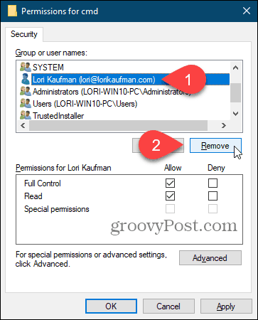 Remove a user on the Permissions dialog box in the Windows Registry