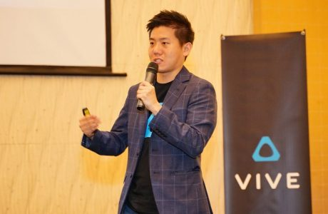 HTC focuses on VR in hopes of reviving fortunes