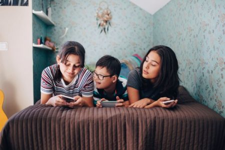Senators urge FTC to look into shady ad practices in apps for kids | Apps