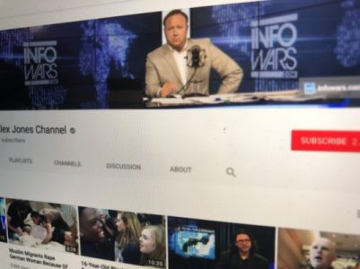 White House shares manipulated Infowars video to justify CNN press ban | Social Media