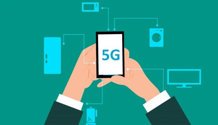 5G network to improve road safety