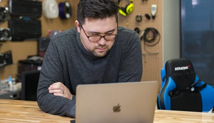 5 reasons your Macbook keeps restarting and how to fix the issue