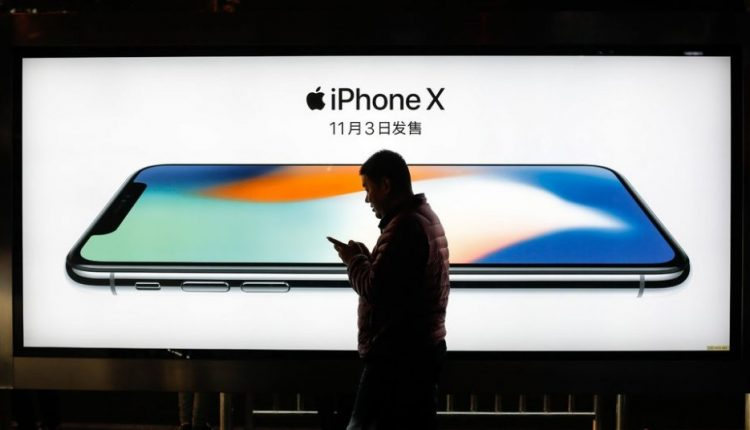Apple Will Update iPhones in China to Avoid a Ban on Sales