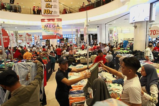 Live streaming shopping trending up in Malaysia