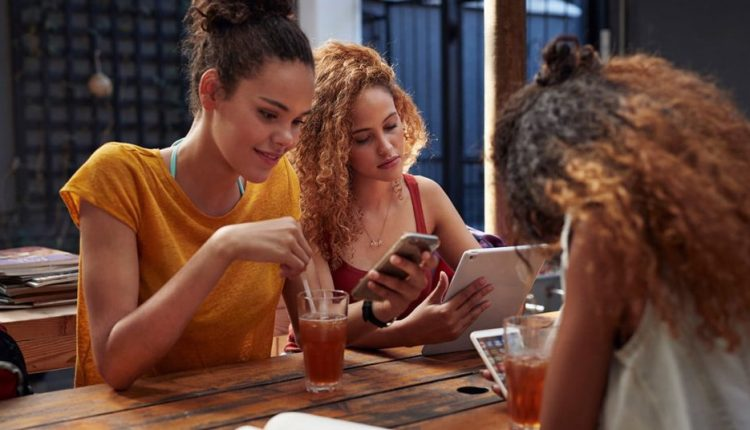 Survey of teens says social media lets them connect with friends and get support