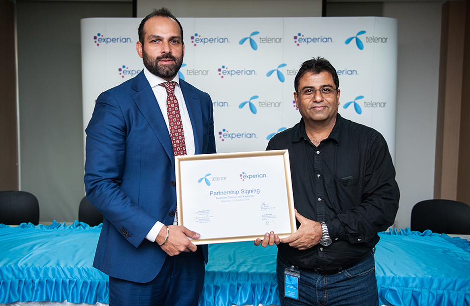 Experian Southeast Asia & Emerging Markets MD Dev Dhiman (left) with Telenor Myanmar CMO Amaresh Kumar