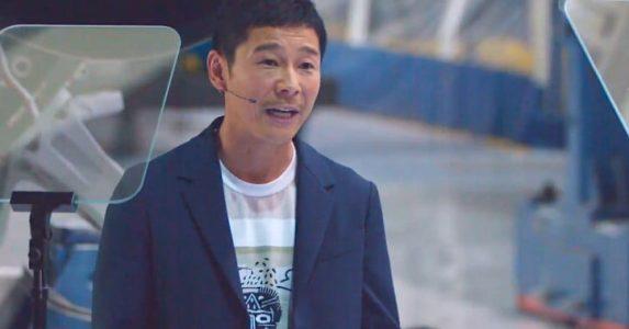 Japanese billionaire splashes the money to interrupt retweet file
