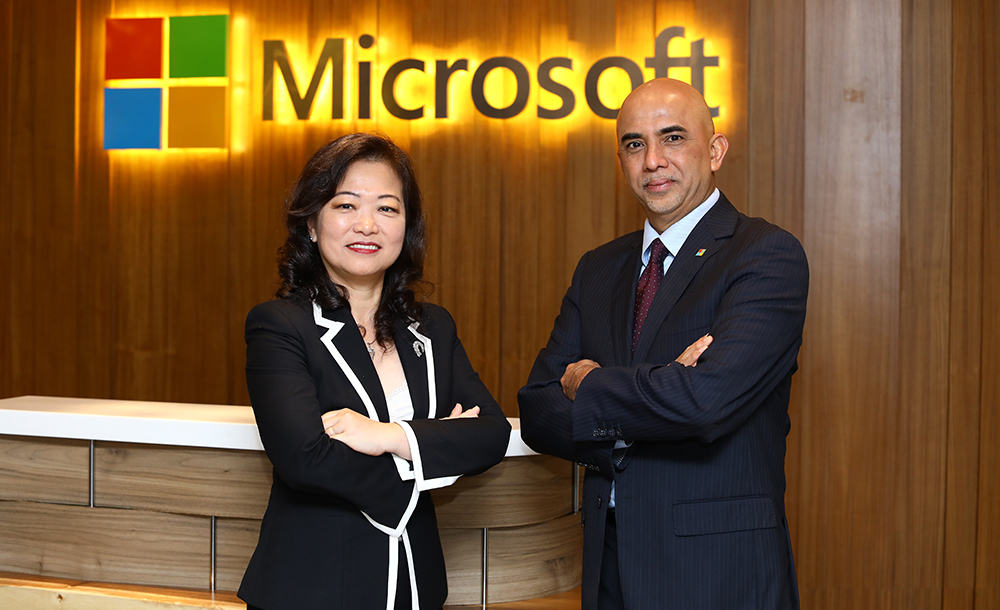 Microsoft Malaysia Enterprise Commercial lead Lim Bee Wah (left), with Microsoft Malaysia MD K Raman