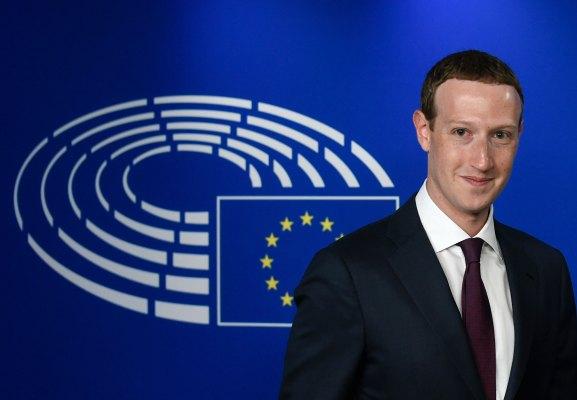 Facebook warned over privacy risks of merging messaging platforms