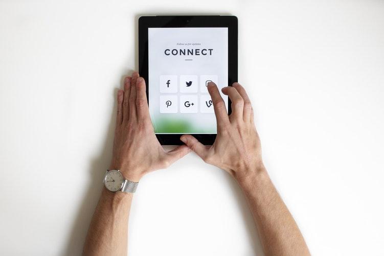 Use the Right Social Media Platforms