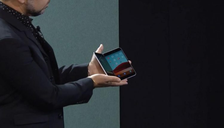 Microsoft Presents Surface Neo and Duo to Rival Samsung's Galaxy Fold