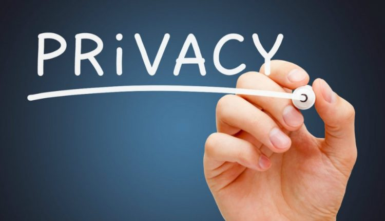 Simple way to protect your privacy on social media sites