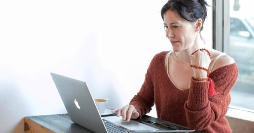 Extra Income Ideas for Working Moms