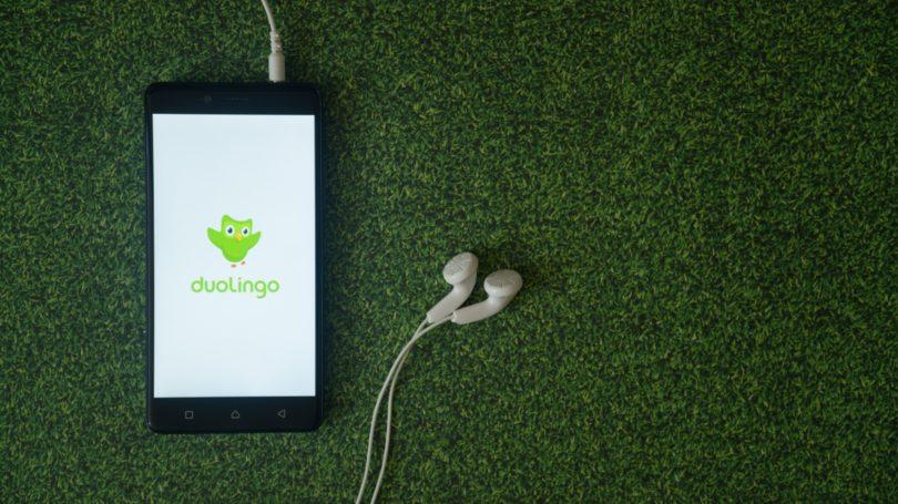 Duolingo App Headphones Grass